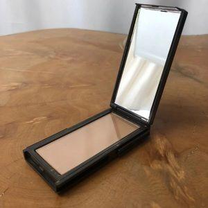 JOUER suntan bronzer new in box brand new bronzer